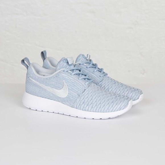 Nike Light Blue Roshe Flyknit Sneakers